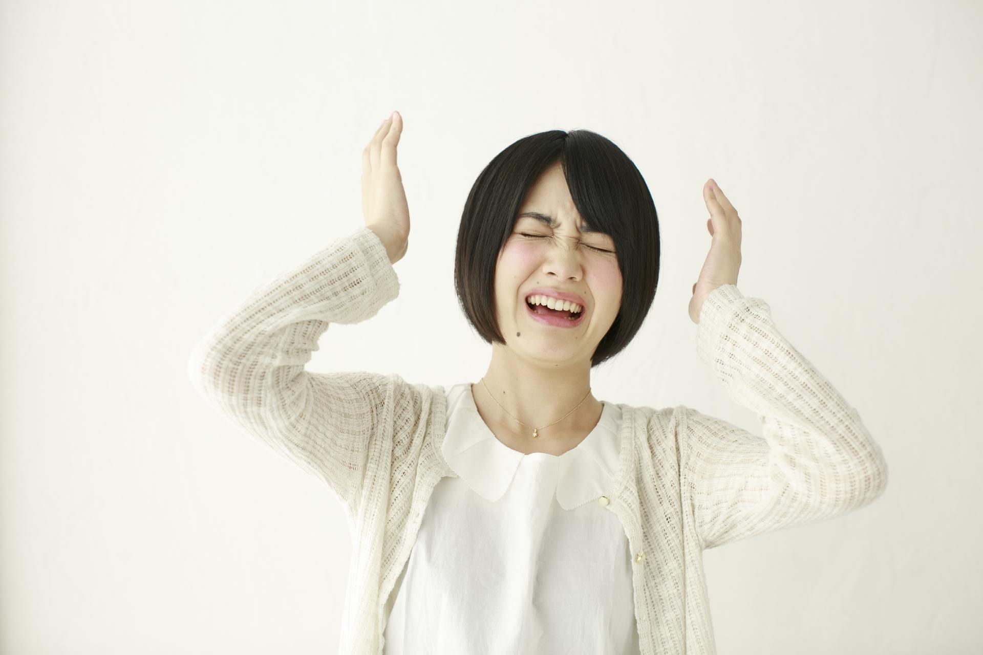 寝言をはっきり喋る意味や特徴とは。ストレスや病気が原因?