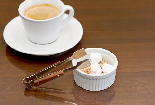 コーヒーを飲むとうつ病になる?気がしずむ理由とは