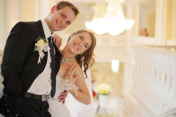 結婚式に出席するのが「面倒臭い」「憂鬱」な人増加中。心理や理由とは