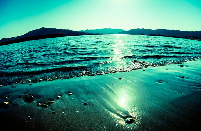 海に溺れる夢